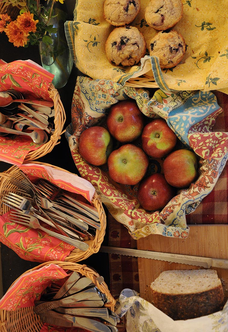 Apples, bread and silverware