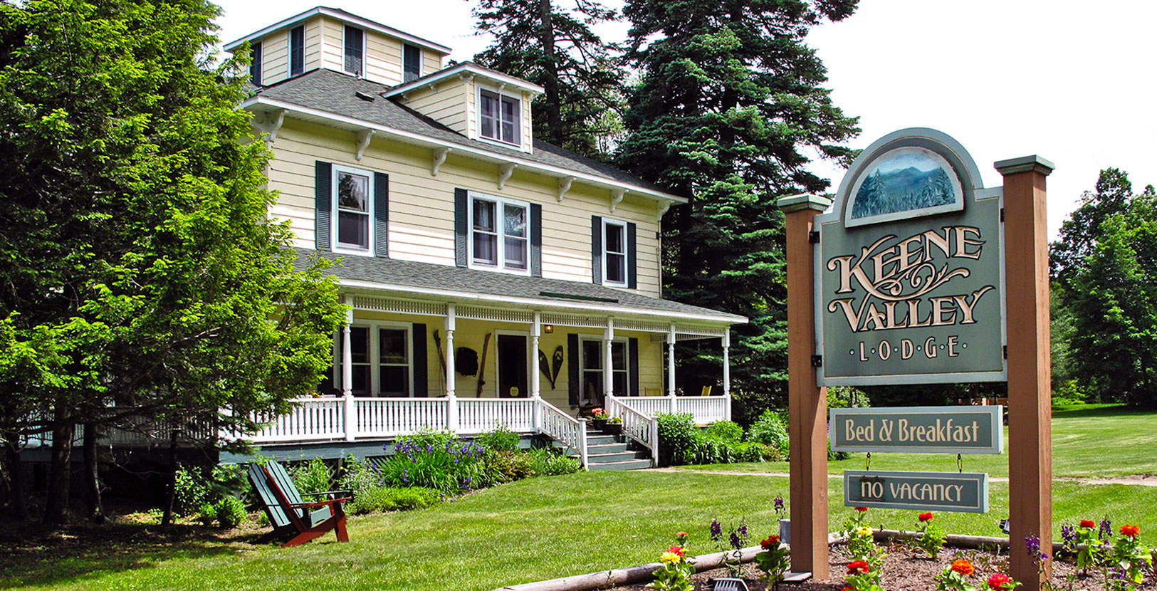 Exterior photo of Keene Valley Lodge