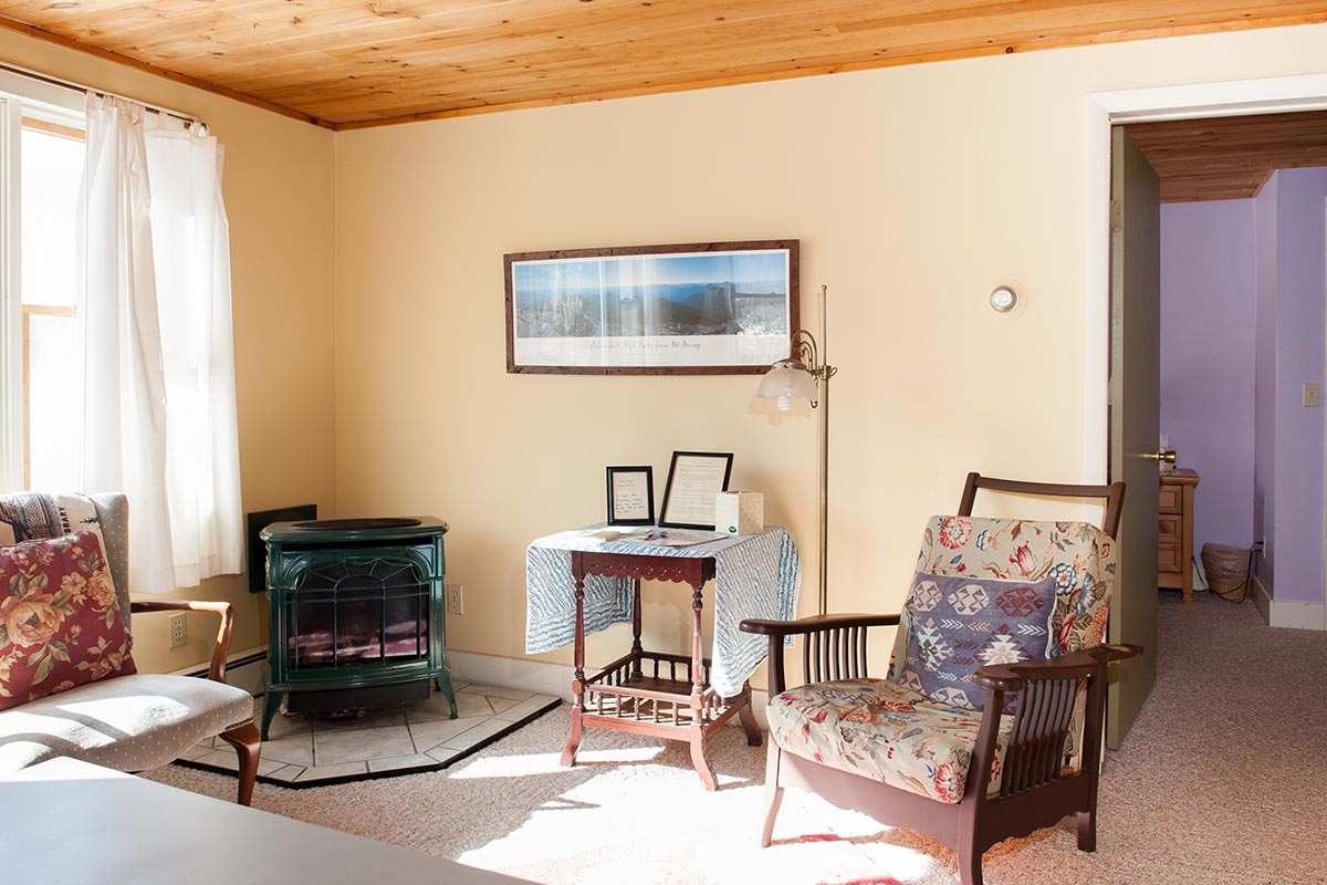 """Vermont Castings propane """"woodstove"""" in the Notman Suite"""