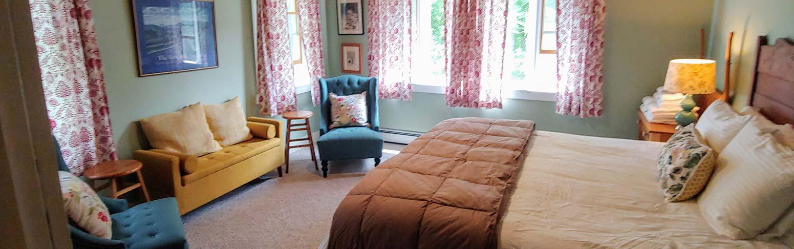Keene Valley Lodge bedroom