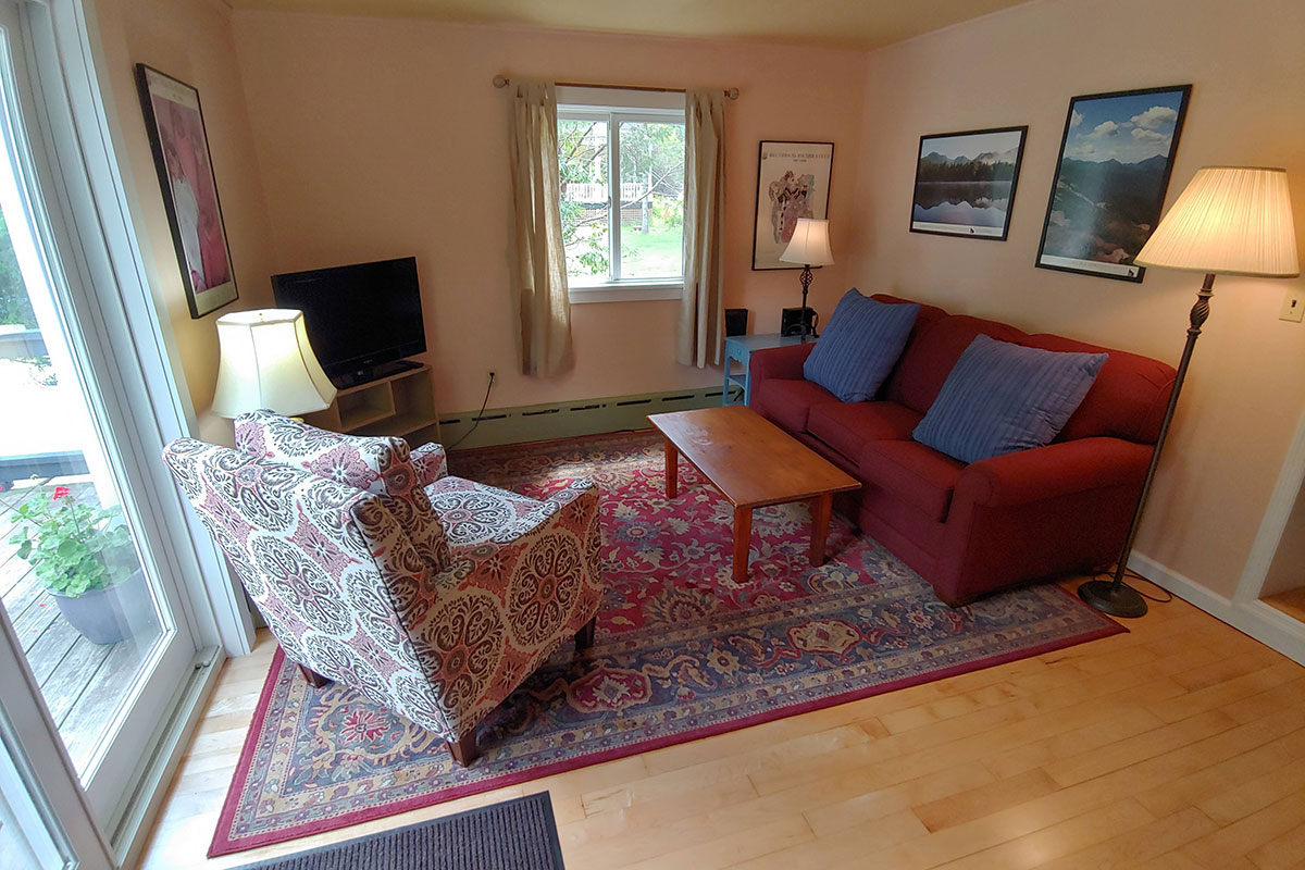 Phelps Cottage living area